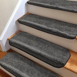 Koyu Füme Kendinden Yapışkanlı Merdiven Basamak Paspası / Halısı